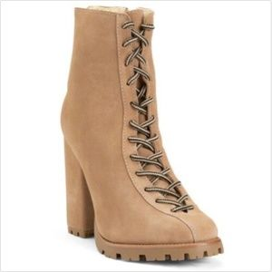 New Schutz Women Sz 6  Suede Booties